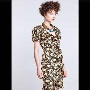 Antho karen walker Apple print ruffle yellow dress